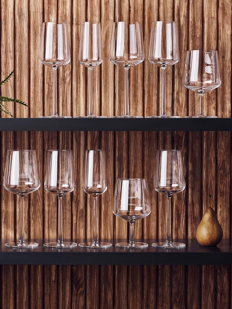 Bar and Wine
