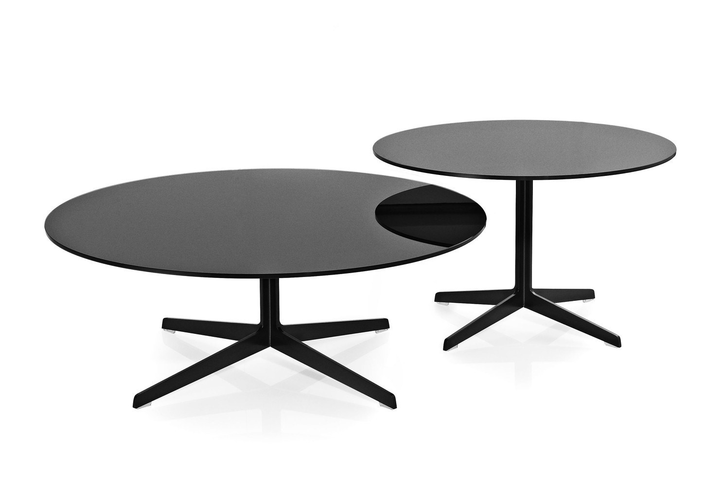 Fritz hansen space coffee table modern planet for Html table spacing