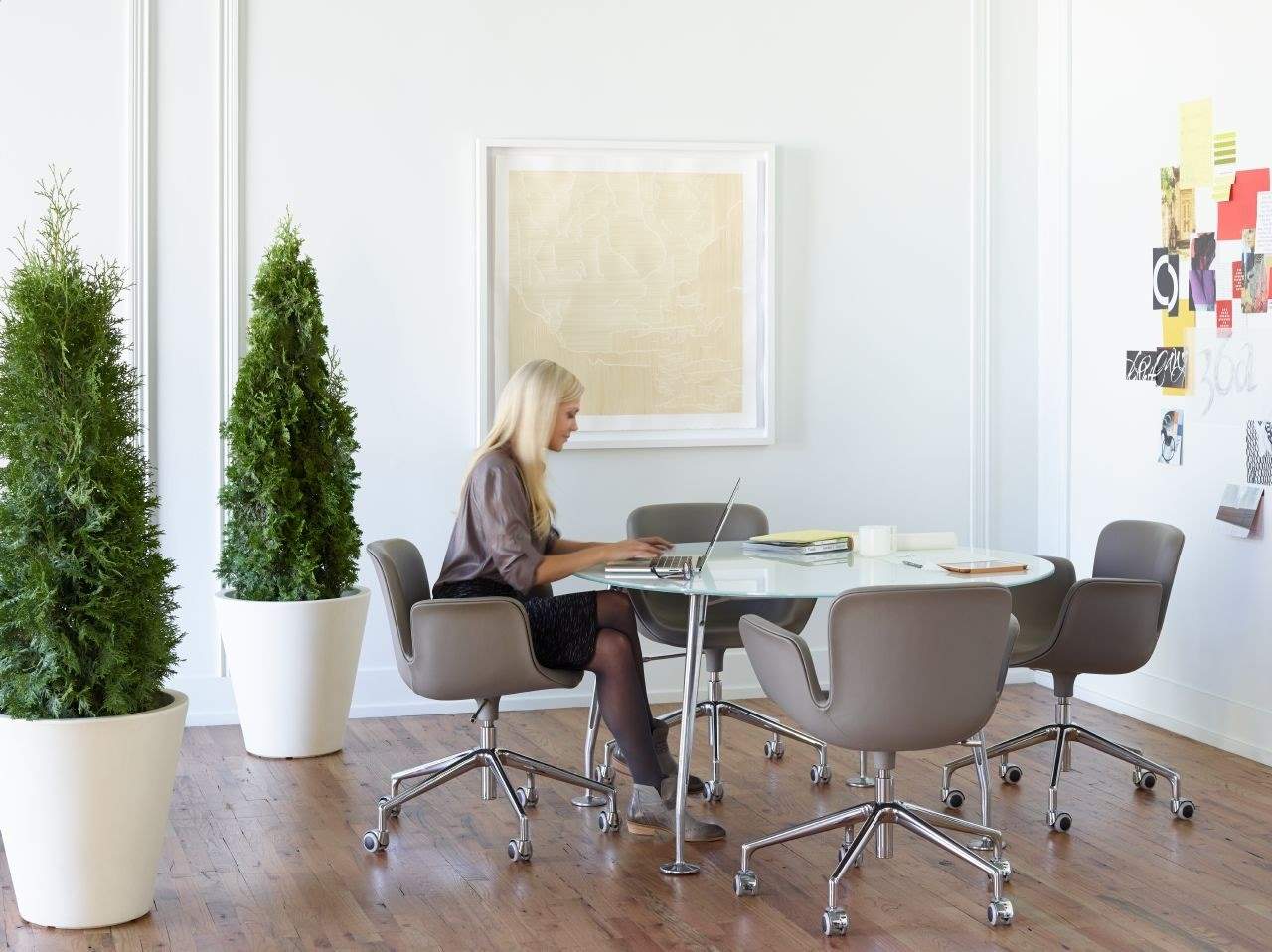 Cappellini Juli Conference Chair Modern Planet - Haworth conference table