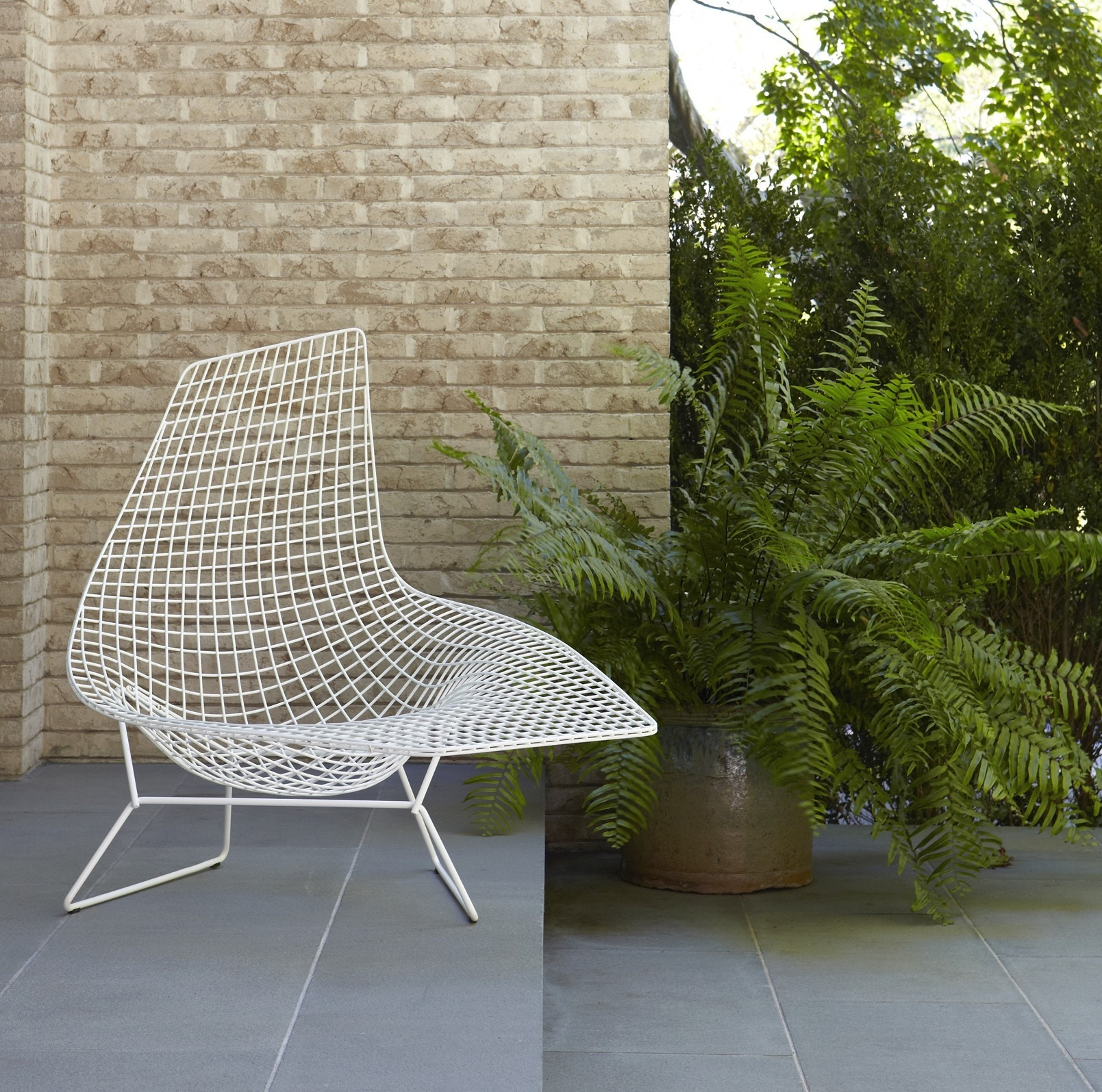 Knoll Harry Bertoia Asymmetric Chaise Outdoor Modern Planet
