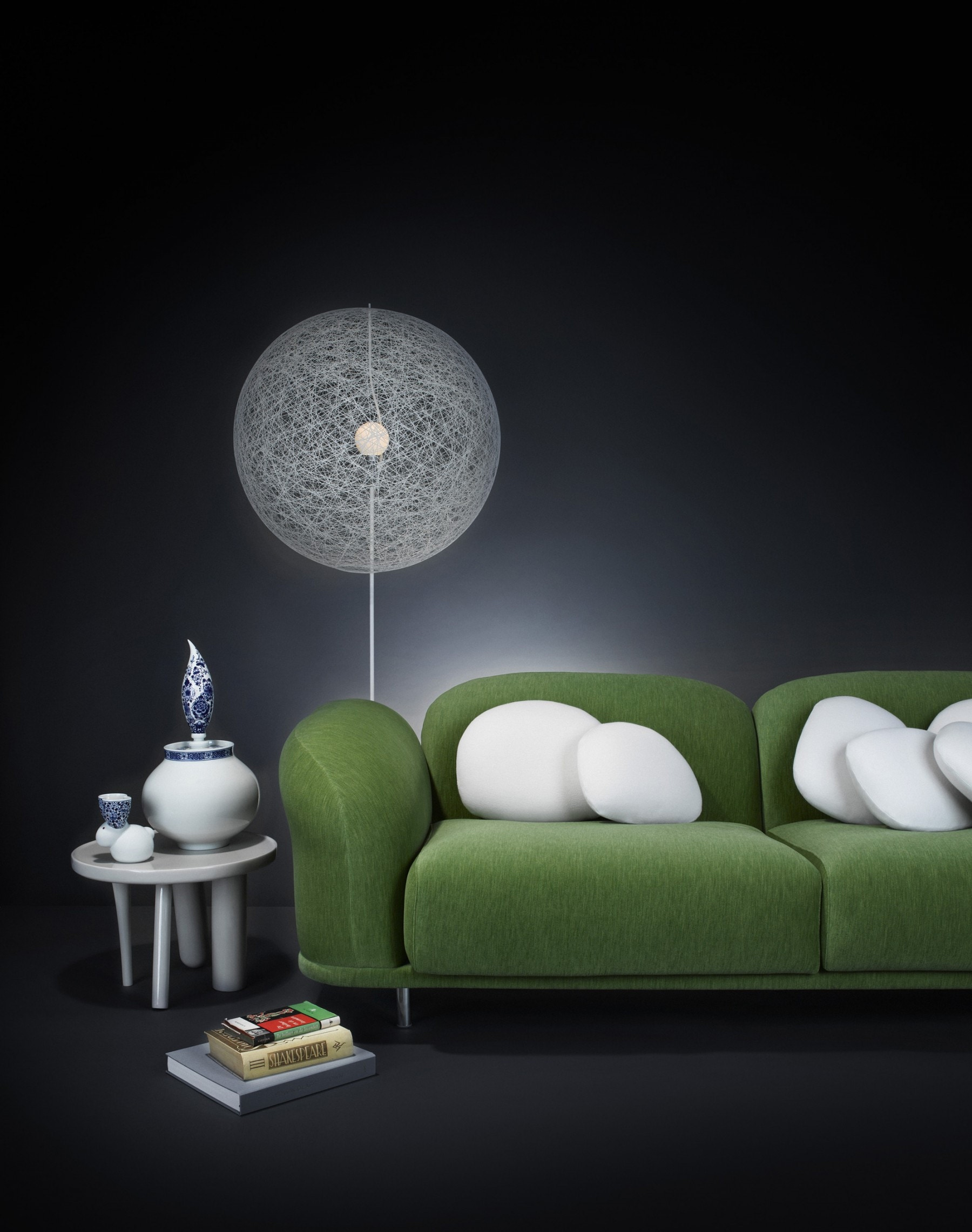 moooi random light led floor lamp modern planet. Black Bedroom Furniture Sets. Home Design Ideas