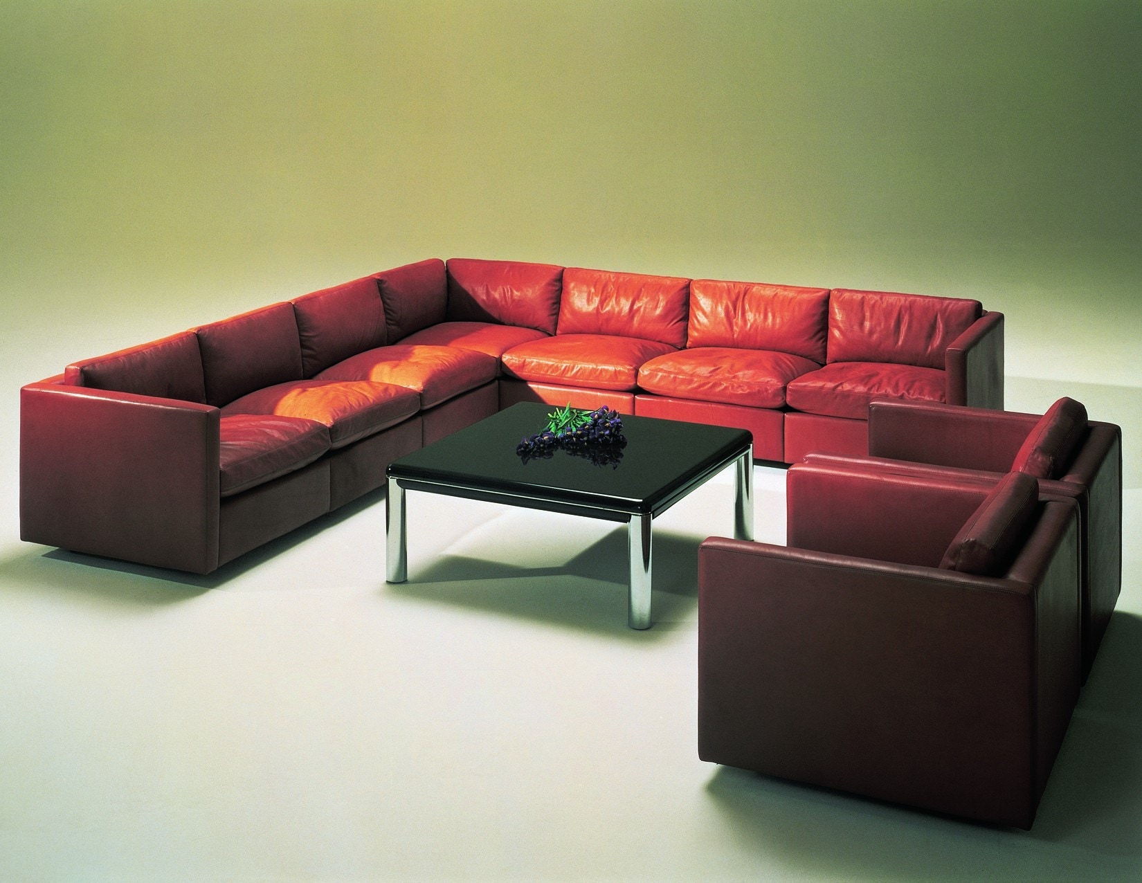 Knoll Pfister Sofa Charles Pfister Sofa By Knoll In Leather And Fabric For At Thesofa