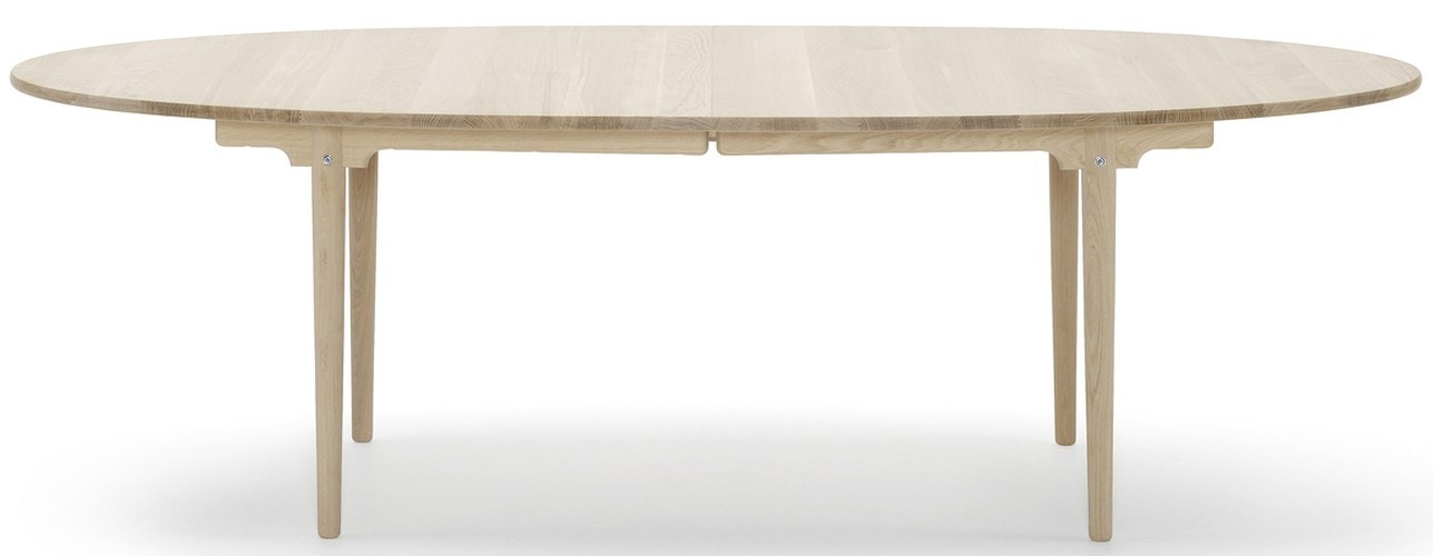 Carl Hansen & Son CH339 Dining Table (Expandable with 1 or 2 Leaves)