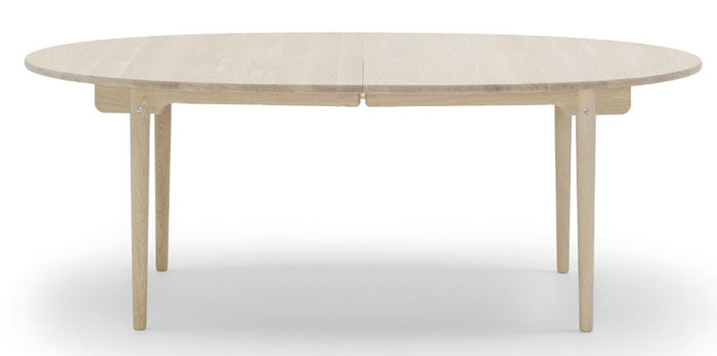 Carl Hansen & Son CH338 Dining Table in Oak (Expandable with 1 or 2 Leaves) (Promo)