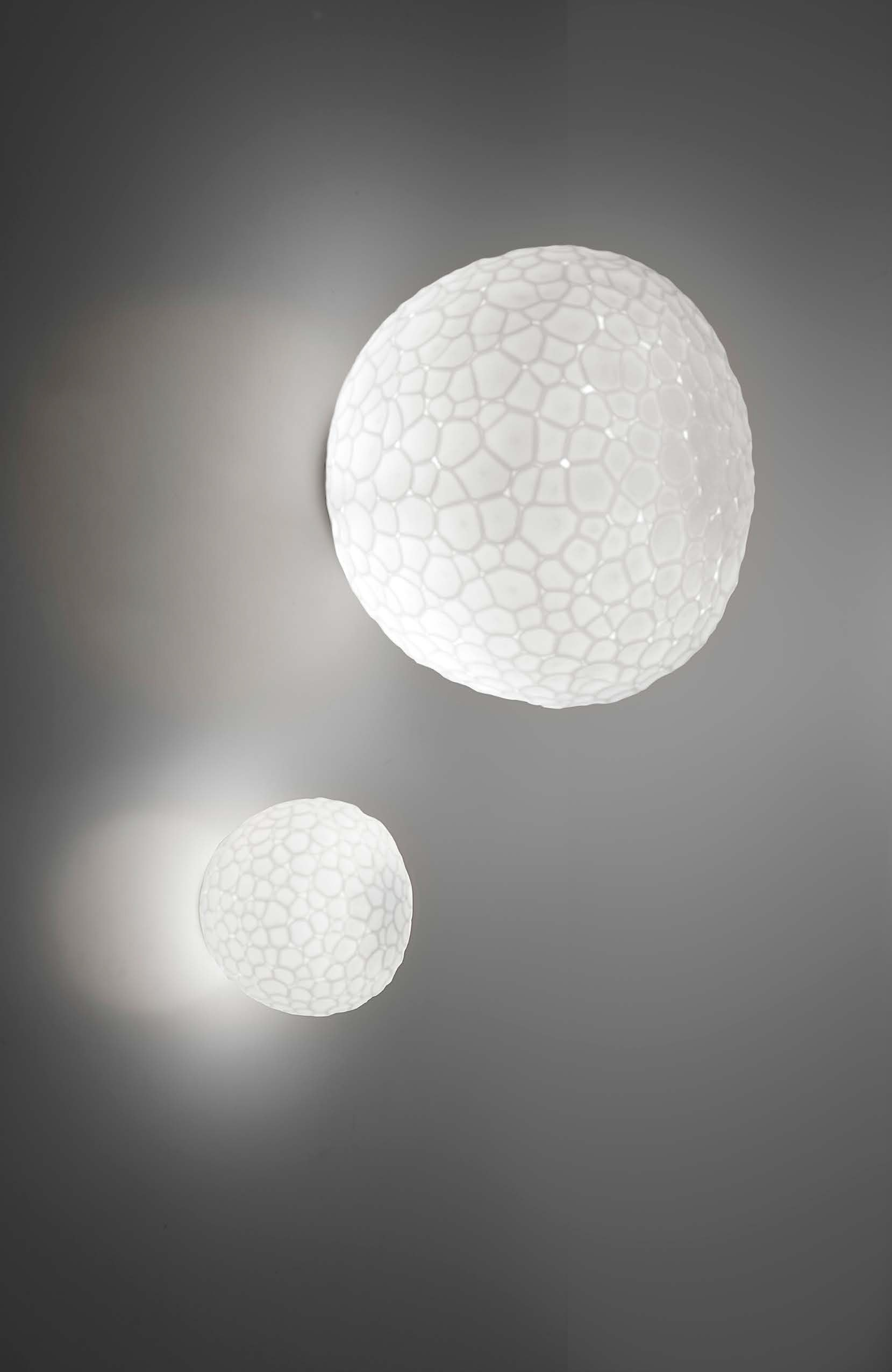 Artemide meteorite wallceiling lamp modern planet mozeypictures Gallery