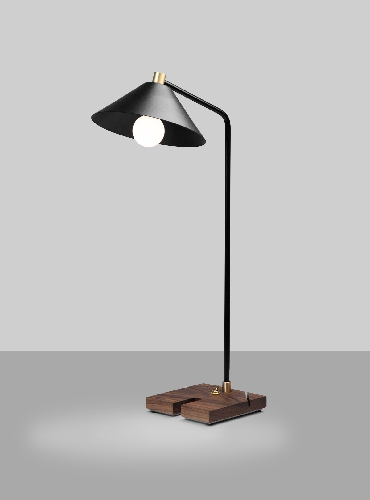 Cerno Adesse Table Lamp