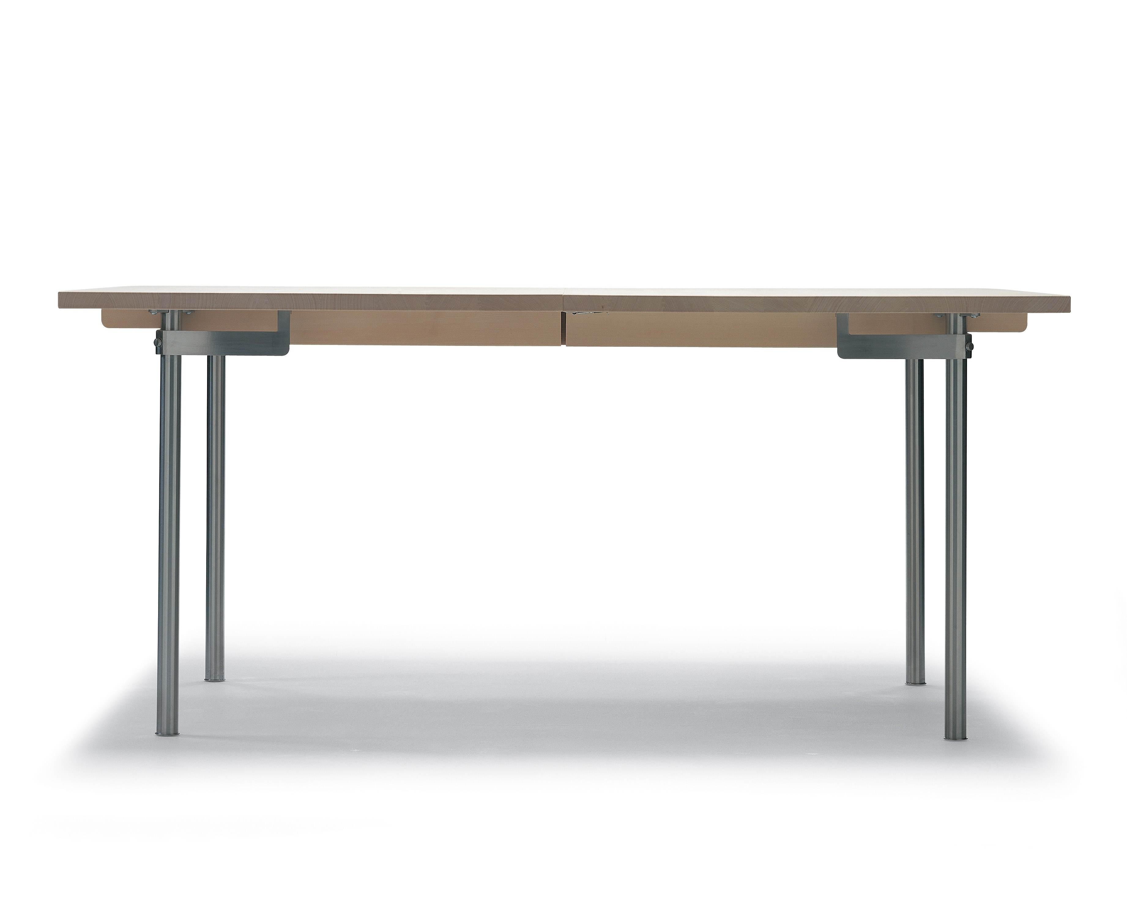 Carl Hansen & Son CH322 Table (Expandable with 1 or 2 Leaves)
