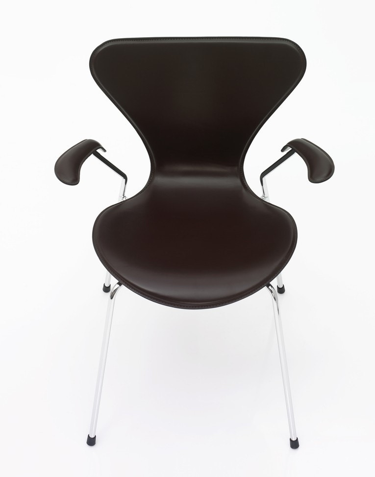 Fritz Hansen Series 7 Armchair (Fully Upholstered)