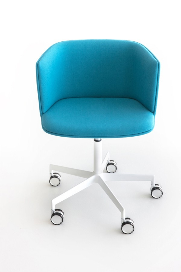Lapalma Cut S186 Swivel Base Height Adjustable Armchair (Front Upholstered)