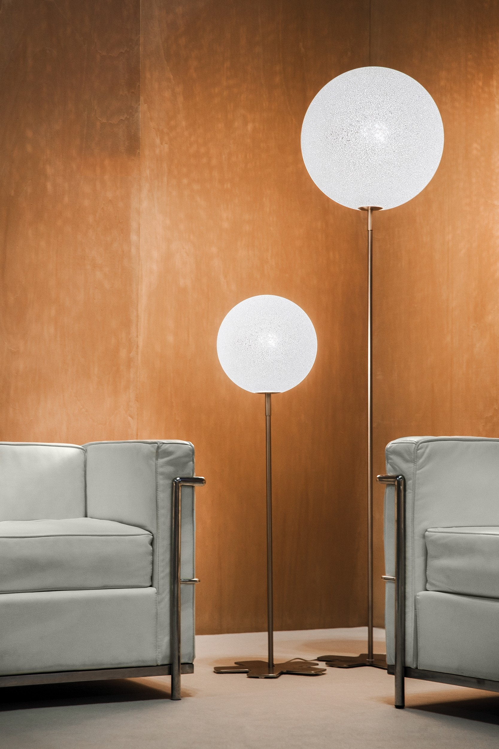 Lumen Center Italia Iceglobe Floor Lamp (45 cm Diameter)